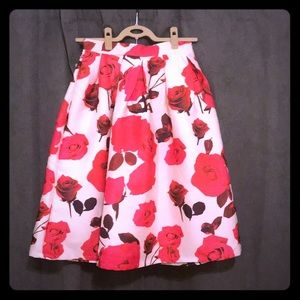 Chicwish Floral Skirt White w Pink and Red Roses